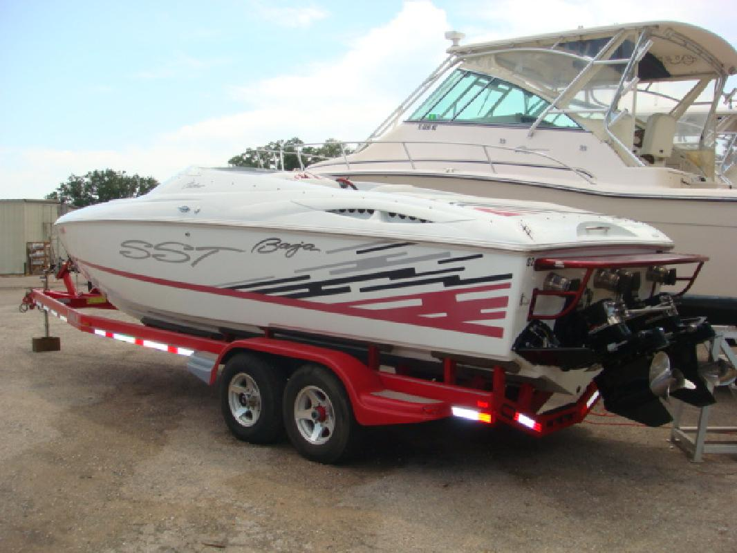 1999 29 Baja Performance Boats OUTLAW