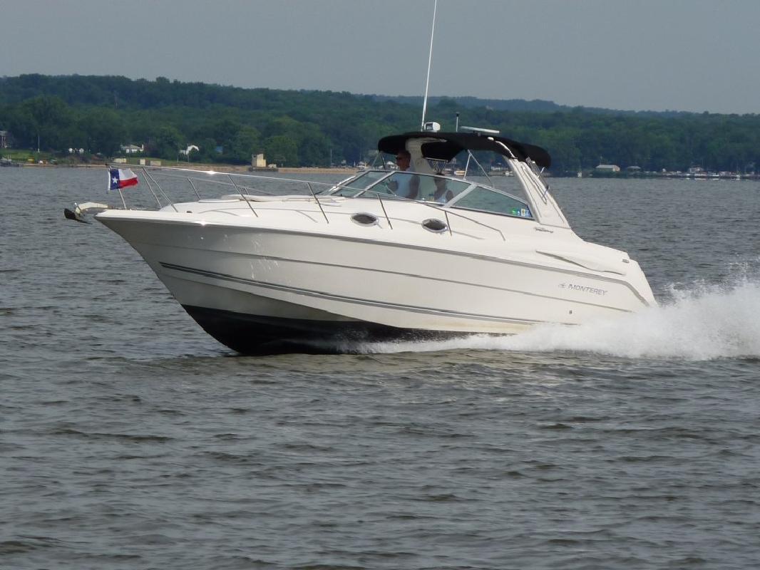2005 32' Monterey Boats 302 CR in Port Deposit, Maryland