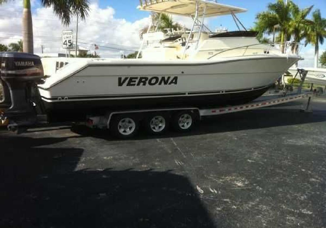 2000 32' Pursuit Boats 3070