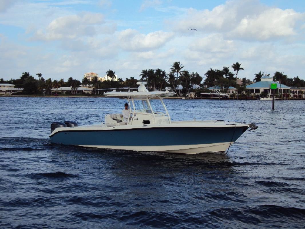 2011 32' Edgewater Power Boats 318 CC for sale in Fort ...
