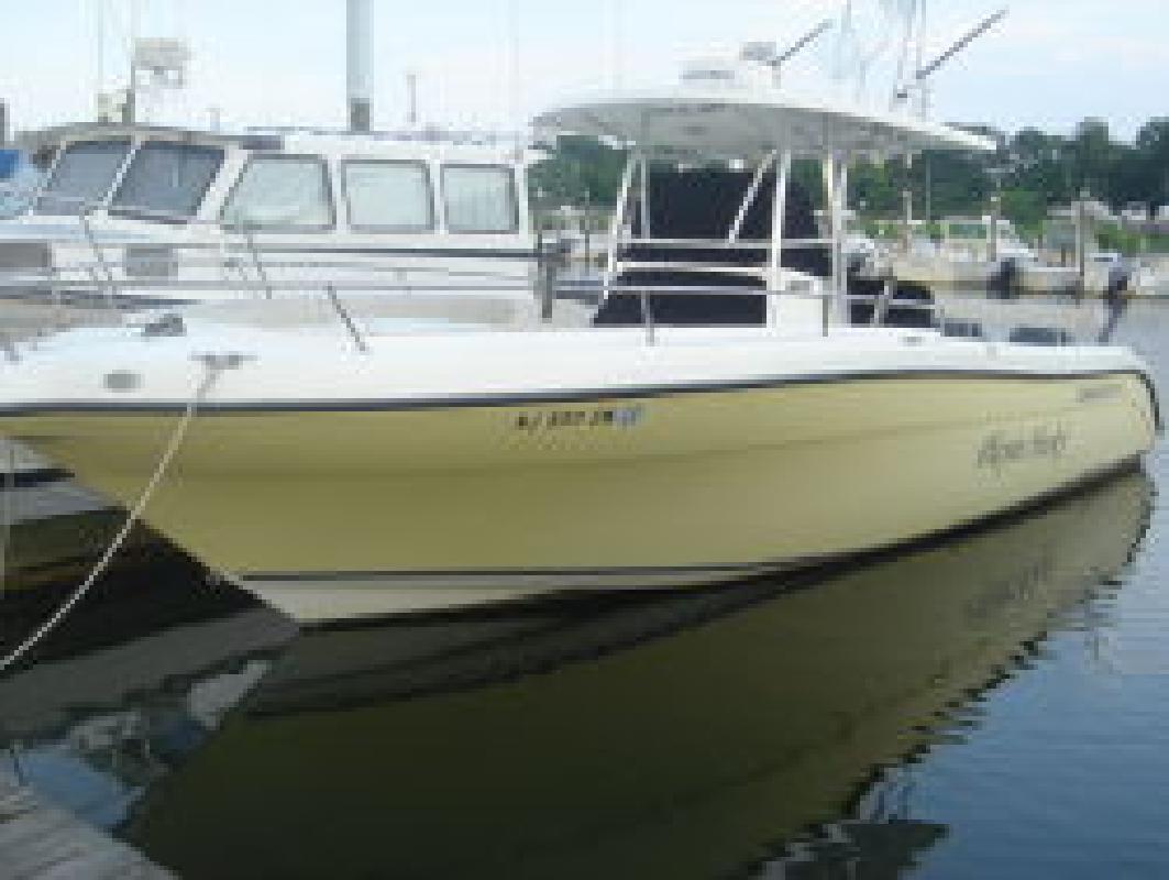 2005 32' Century Boats 3200 CC