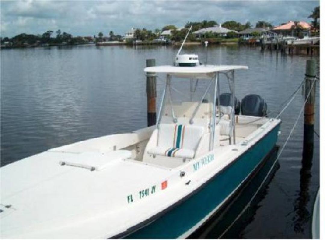 $38,900 1992 32 (ft.) Intrepid Power Boats 32 CC Cuddy Cabin