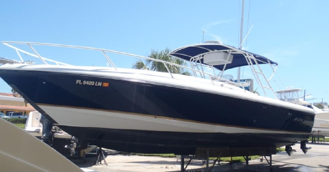 2001 37' Intrepid Power Boats 366 Cuddy in Stuart, Florida