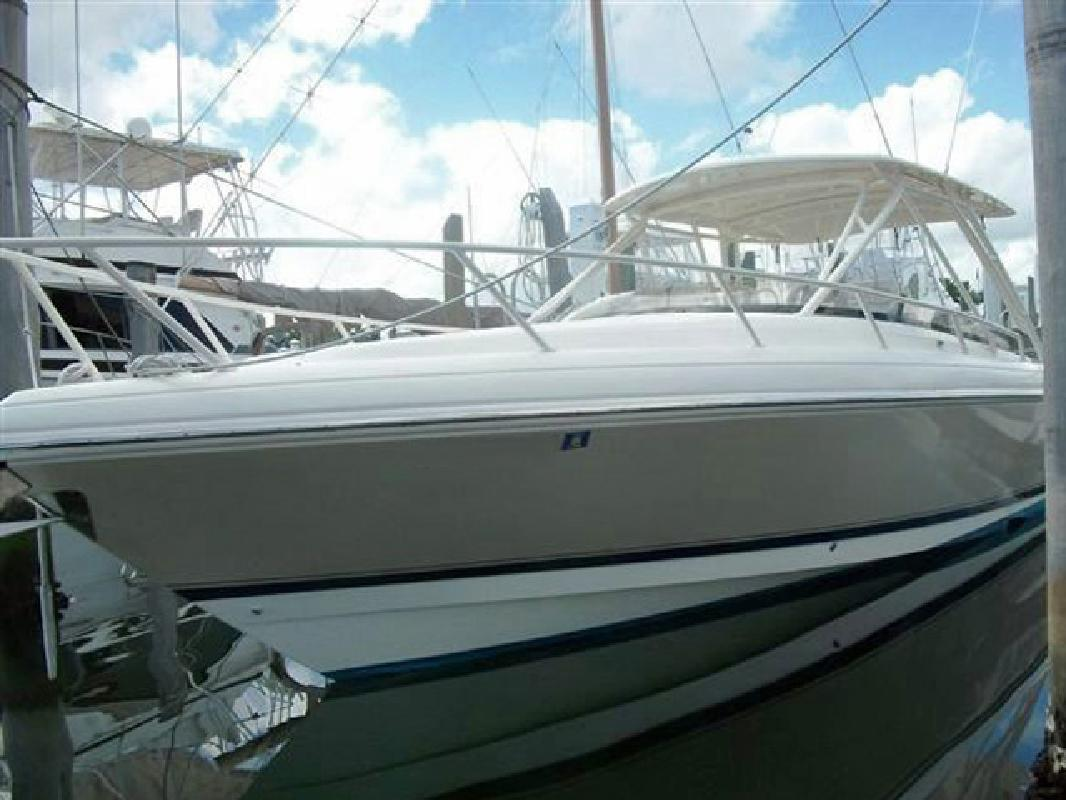 2003 37' Intrepid Power Boats 370 Cuddy in Fort Lauderdale, Florida