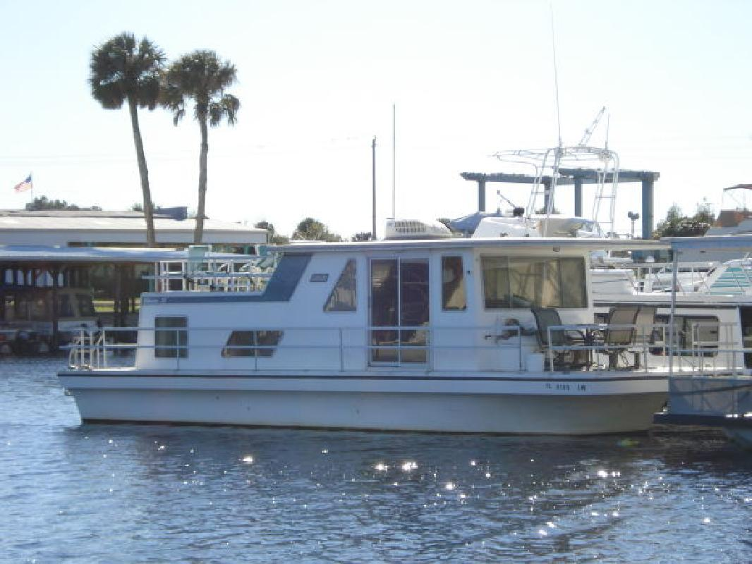 1991 37' Gibson Boats 37 Houseboat for sale in Sanford