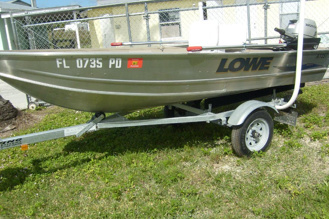 2010 12' Lowe Boats A1257