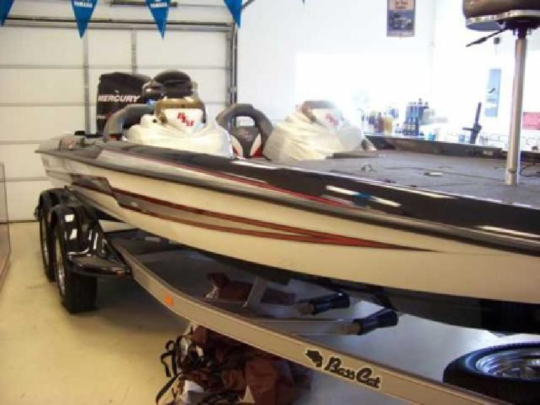 $54,995 2011 Bass Cat Boats (Brand New!)