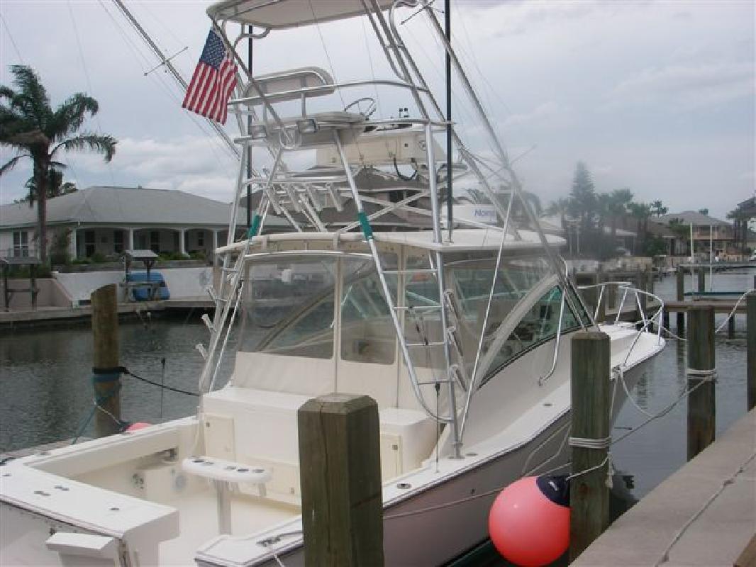 2006 32' Albemarle Boats Express