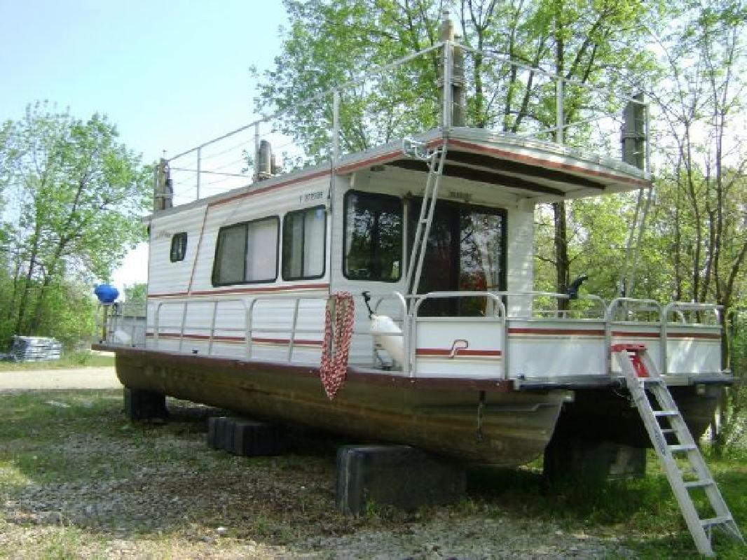 1986 35 Playcraft Boats Houseboat For Sale In Pella Iowa