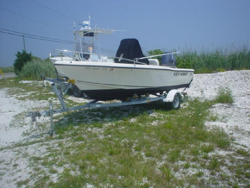 2006 17' Key West Boats, Inc. Center Console