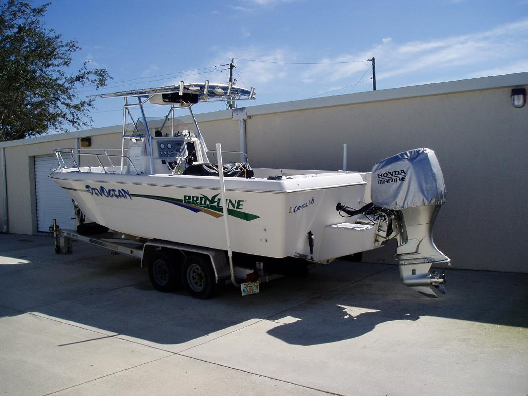1997 24' Pro-Line Boats, Inc. Sportsman