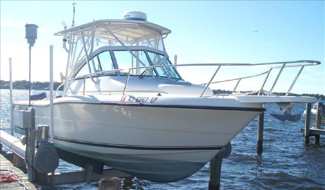 2001 24' Pursuit Boats Walkaround 2470