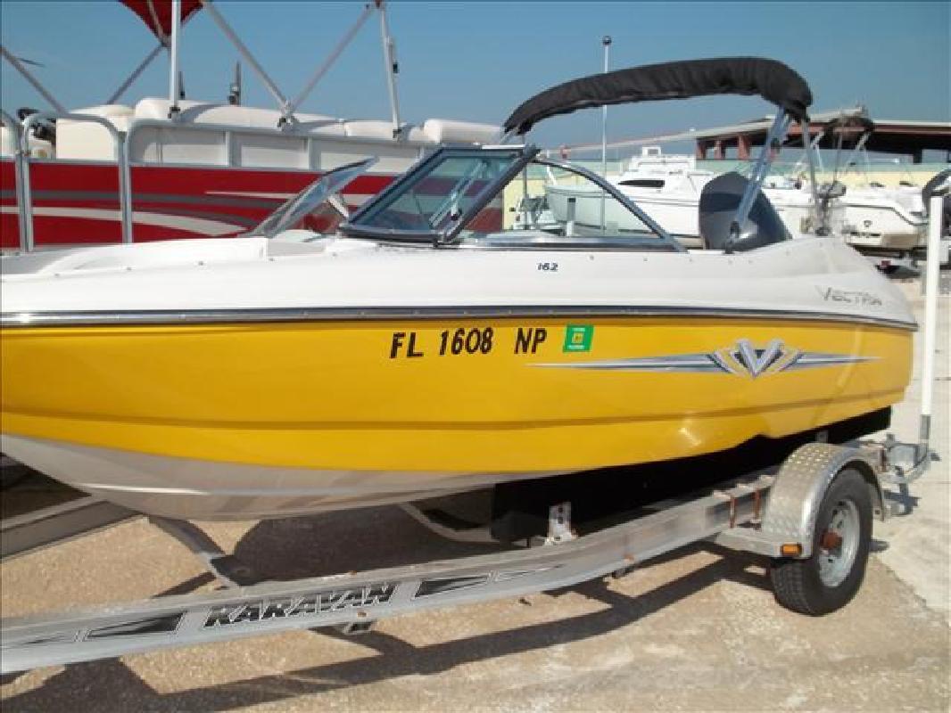 2007 15' Vectra Bowrider 162