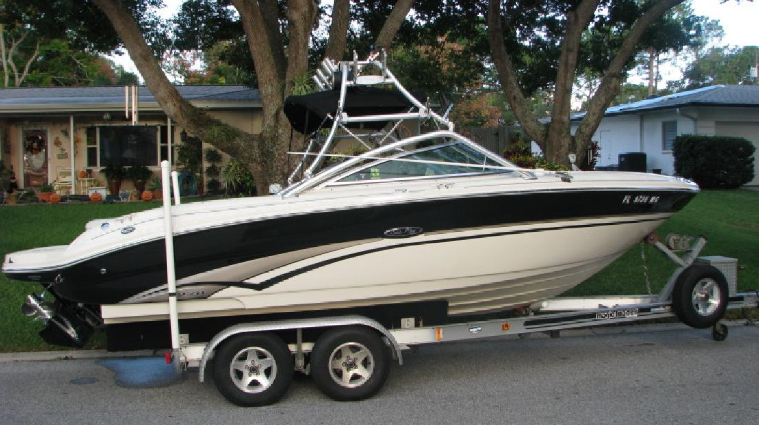2003 Sea Ray 220 Bowrider in Clearwater, FL