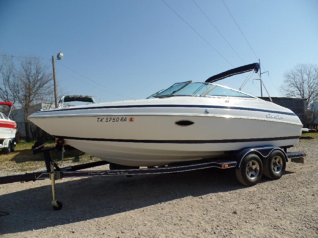 2001 Chris Craft 210 BR in Lewisville, TX