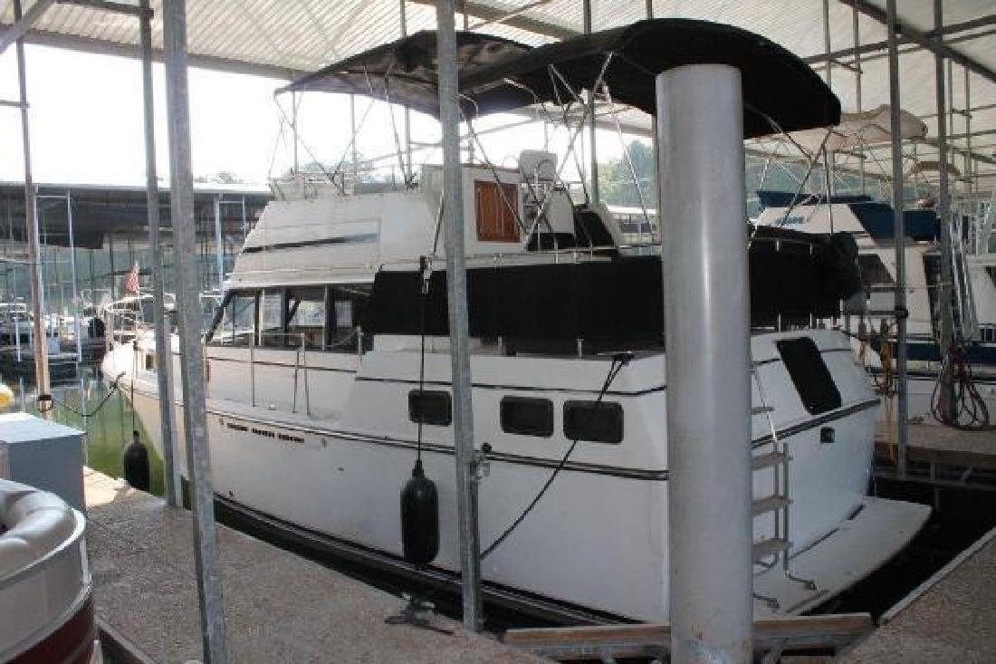 1983 Carver 3607 Aft Cabin Iuka MS
