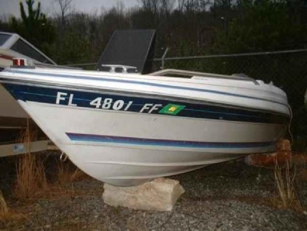 $900 Used 1987 Bayliner 1700 Capri Bowrider Force 50