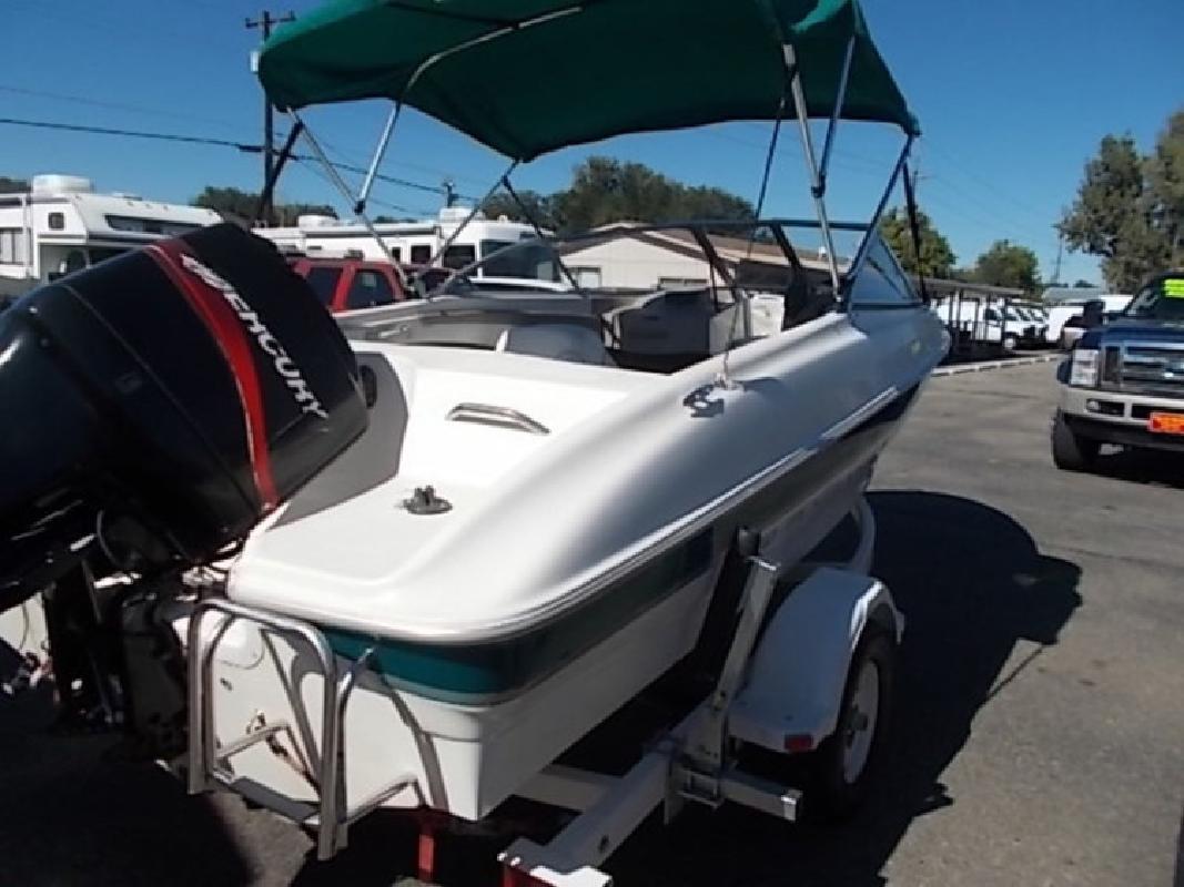 2000 - Bayliner Boats - 1800 Capri LS in Boise, ID