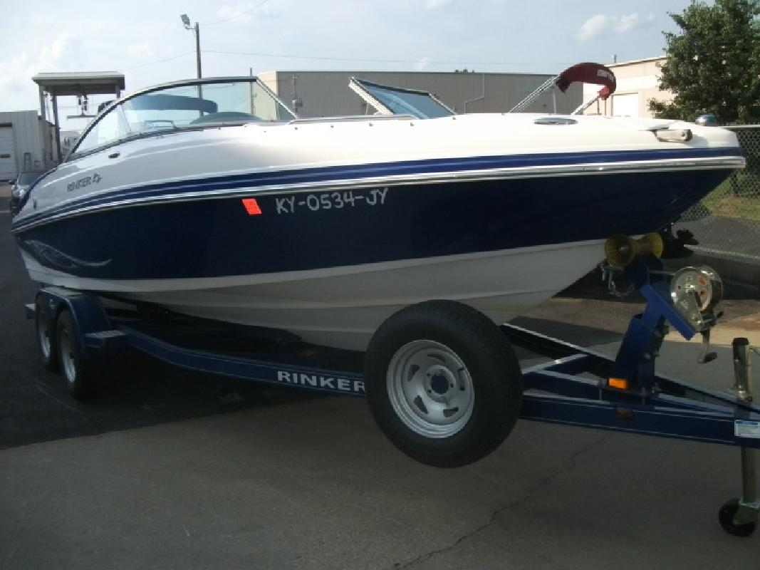 2008 - Rinker Boats - 226 Captiva Bowrider in Louisville, KY