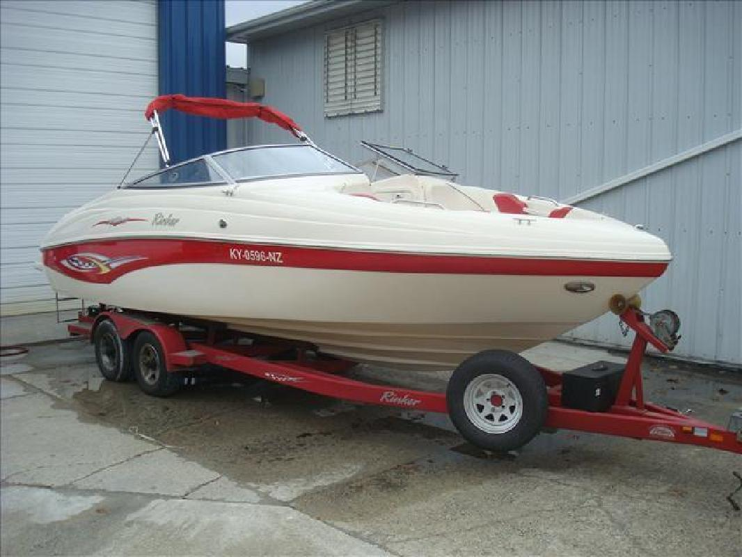 2003 Rinker Boats 232 Captiva Bowrider Syracuse IN