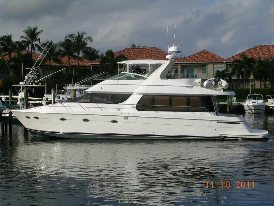 2001 57' Carver 570