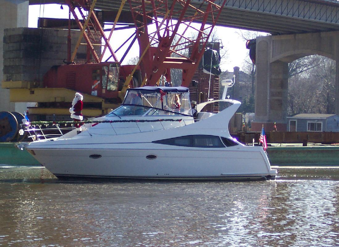 2006 36' Carver Mariner