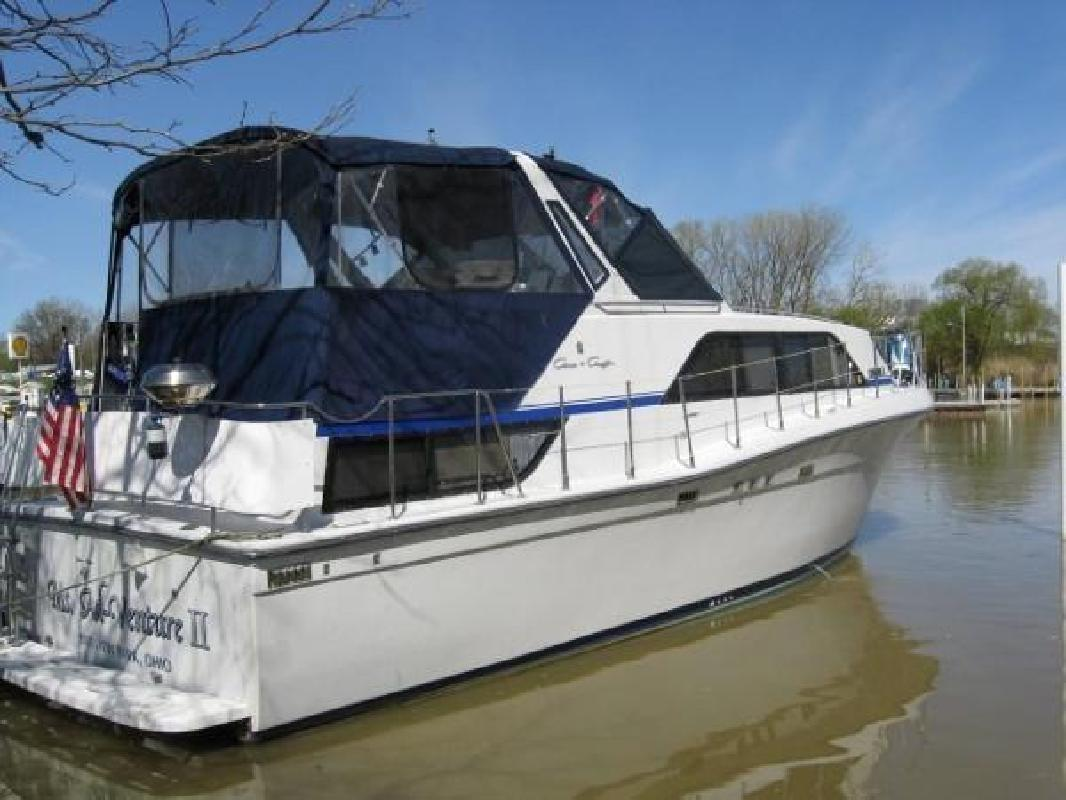 1988 Chris Craft 381 Catalina Huron OH for sale in Huron