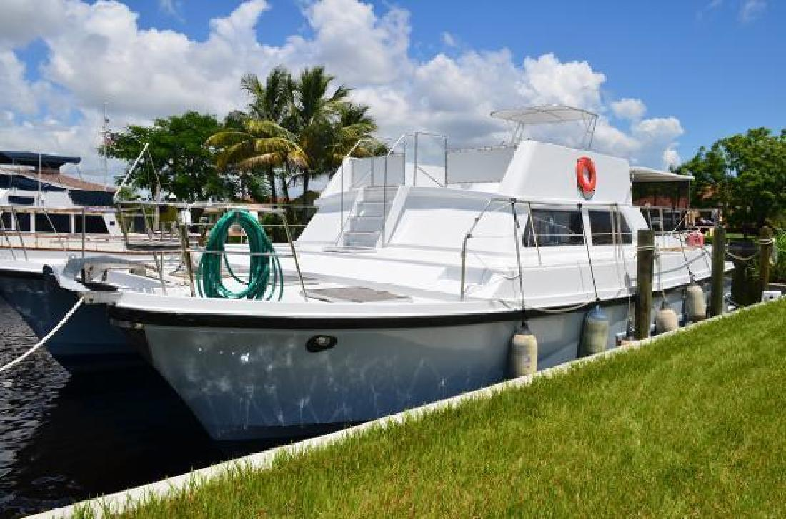 1984 CC Logical 46 Power Catamaran Ft Myers FL