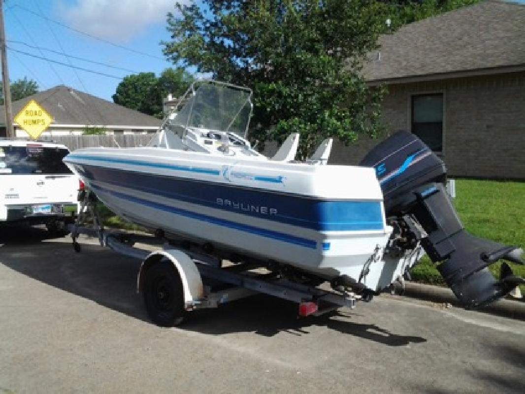 Bayliner center console   New and Used Boats for Sale