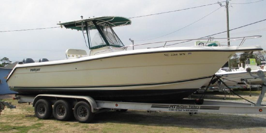 2001 27 39 Pursuit Boats 2670 Center Console Forward Cuddy