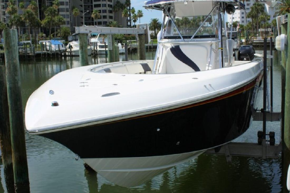 2006 34' Fountain Powerboats Inc. 34 CENTER CONSOLE (LOW HOURS!