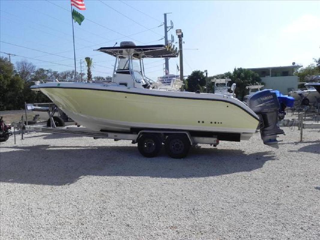 2004 29' Century Boats Center Consoles 2900CC. Contact the seller