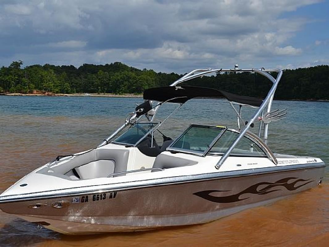 2005 22 Centurion Avalanche For Sale In Flowery Branch