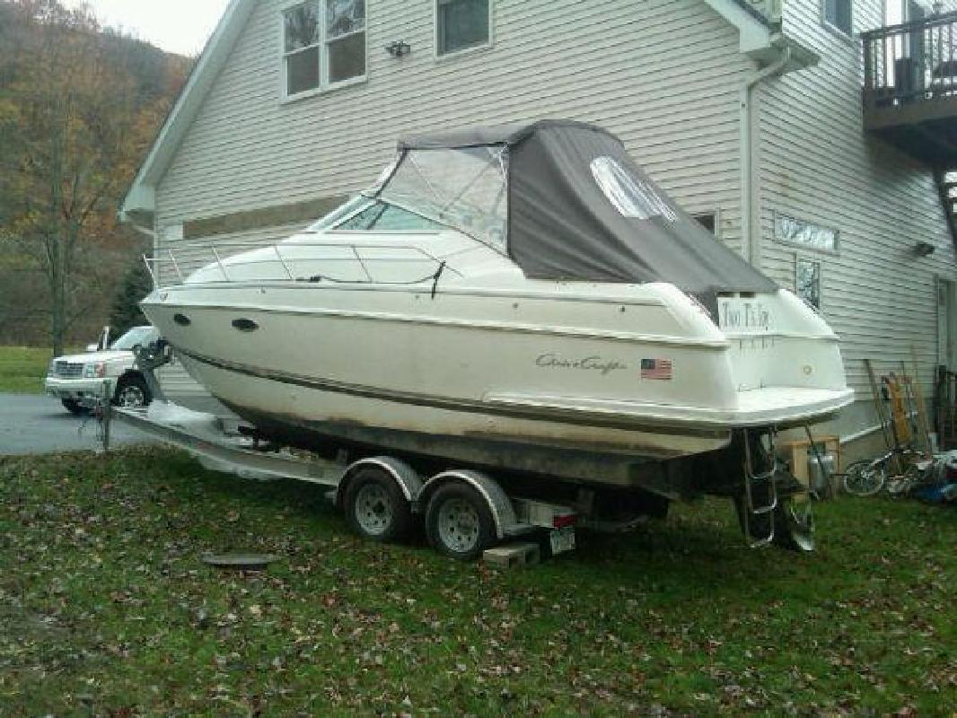 1993 26' Chris-Craft Crowne