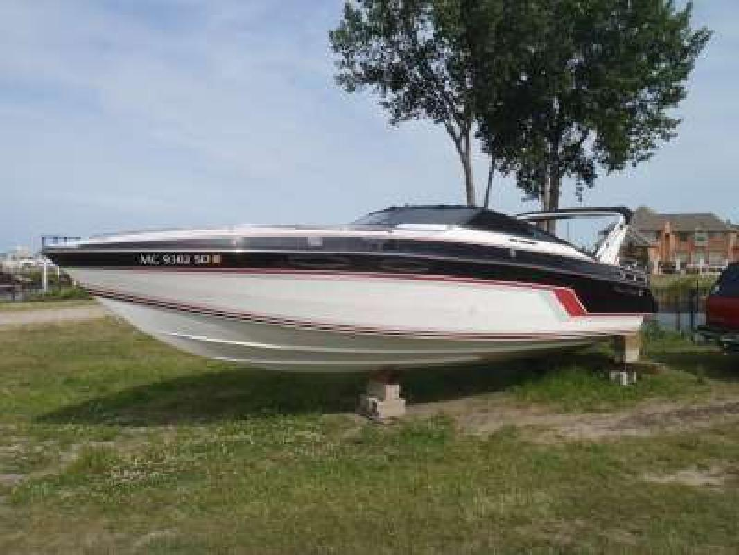 1989 26' Chris-Craft Stinger