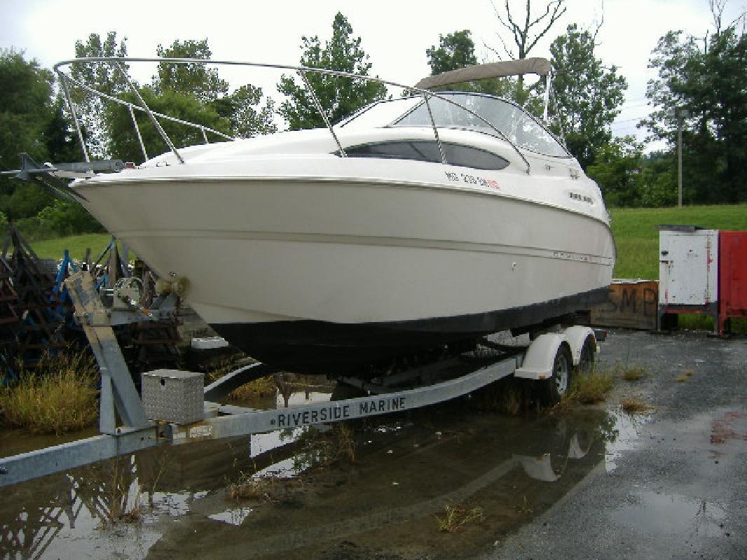 2001 24' Bayliner Ciera 2455 in White Marsh, Maryland