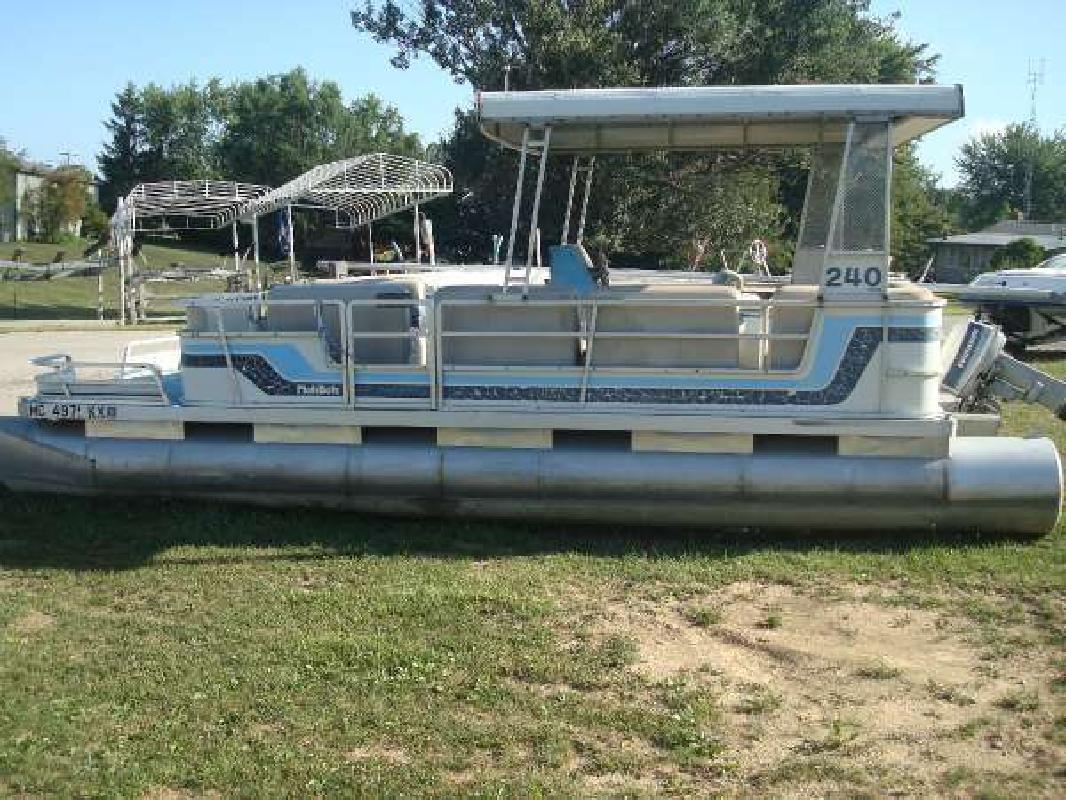 1984 HARRIS FLOTEBOTE 240 Classic Fremont IN