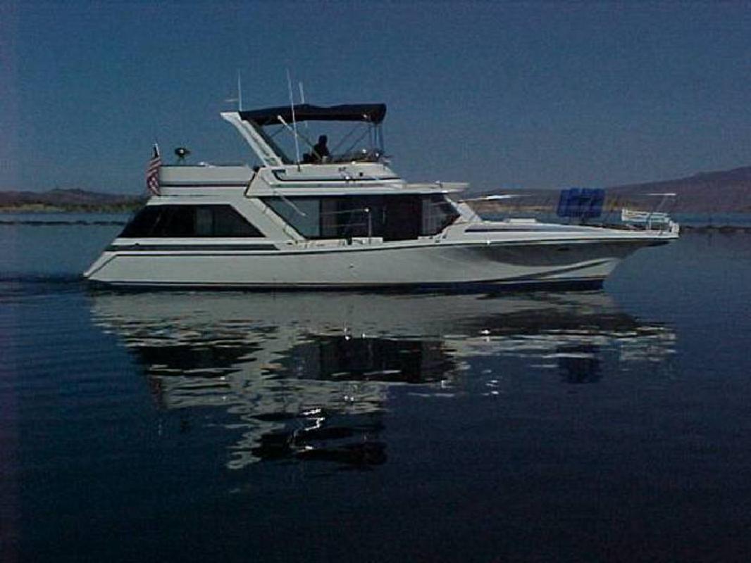 1985 48' Bluewater Yachts Coastal Cruiser Motor Yacht