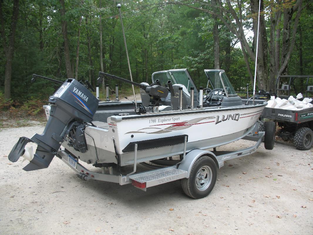 2006 17' Lund Boat Company Explorer Sport