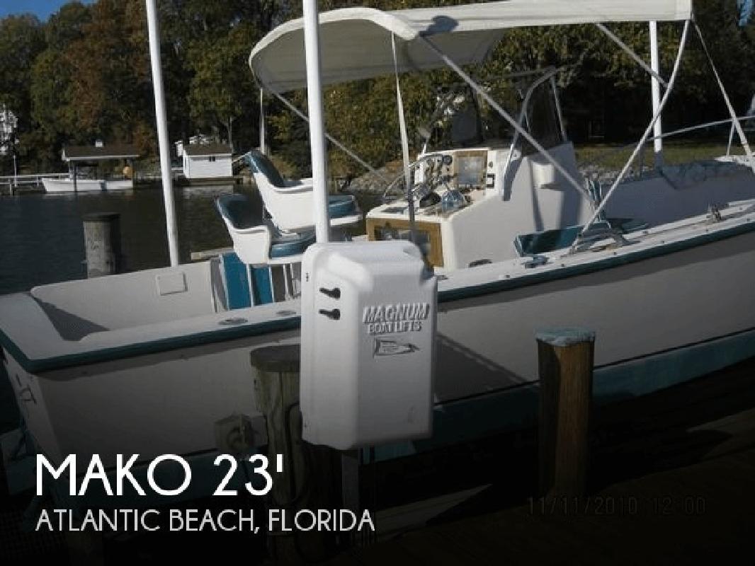 1982 Mako Marine 235 Center Console Atlantic Beach FL
