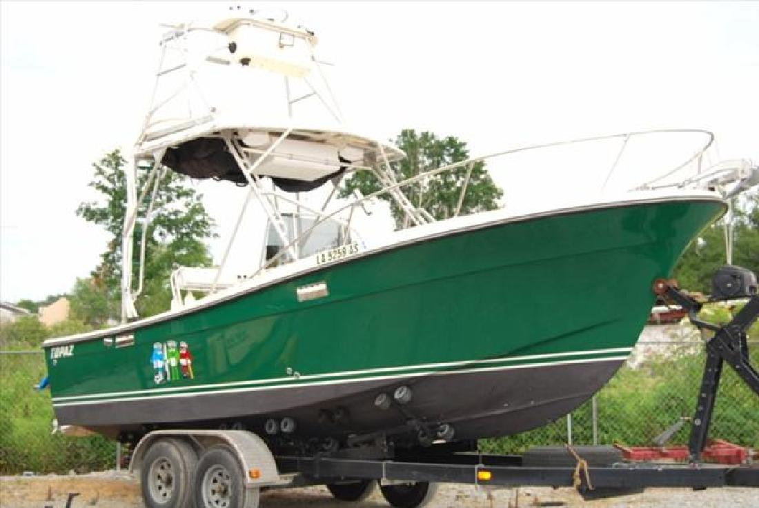 1977 24 Topaz 24 Center Console Cuddy Repowered And