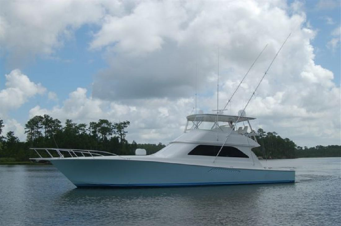2005 61' Viking Yachts Convertible w/ Mezzanine. Contact the seller