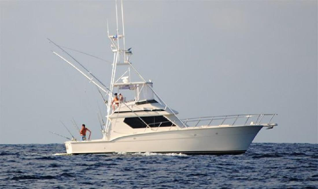 1990 45' Hatteras Yachts Convertible w/Tuna Tower in Charleston, ...