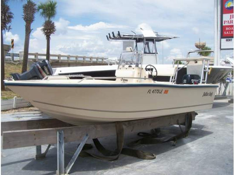 2000 17' McKee Craft Boats 17