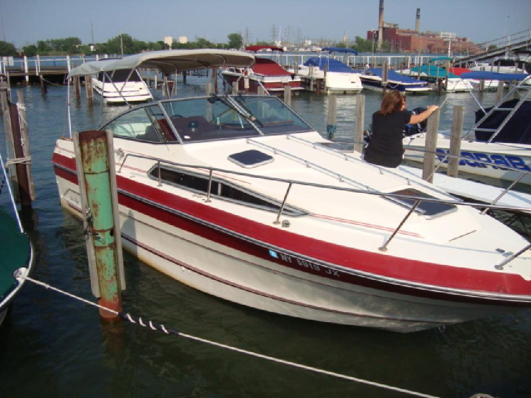 1987 25 Sea Ray Cruiser 250 Sundancer