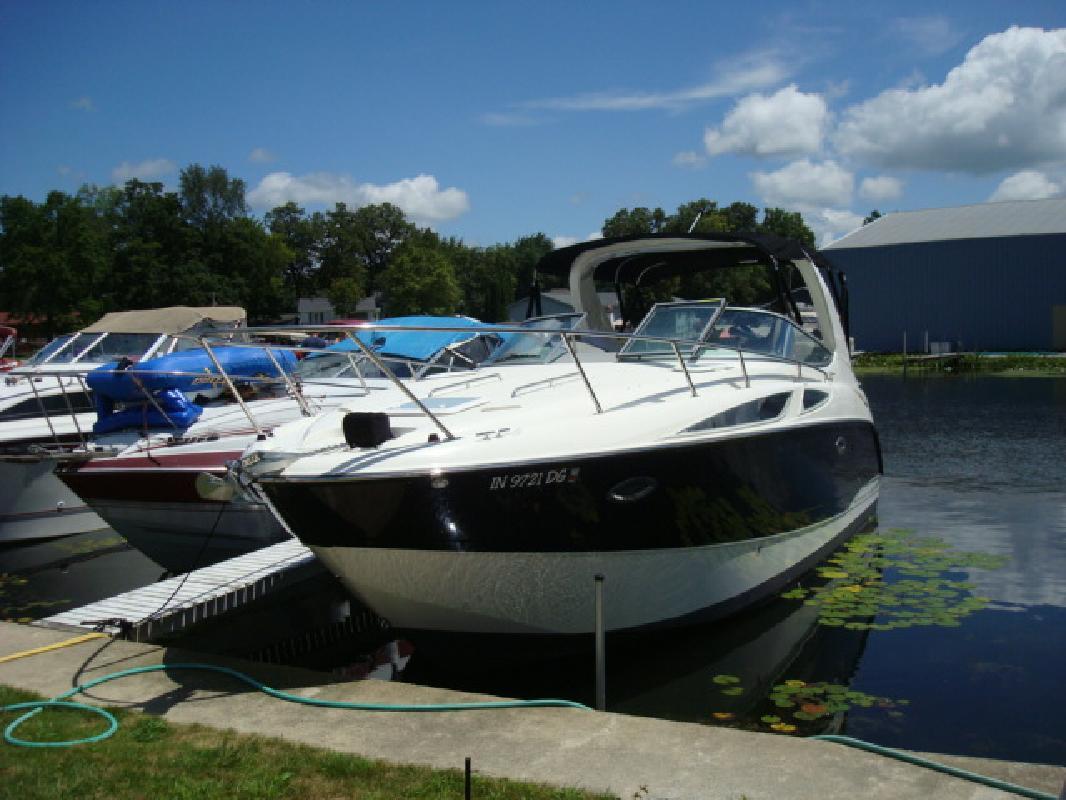 2008 30' Bayliner Cruiser 300