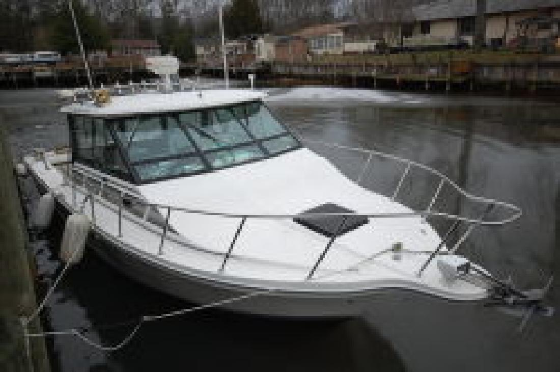 1993 29' Baha Cruisers 299 SF