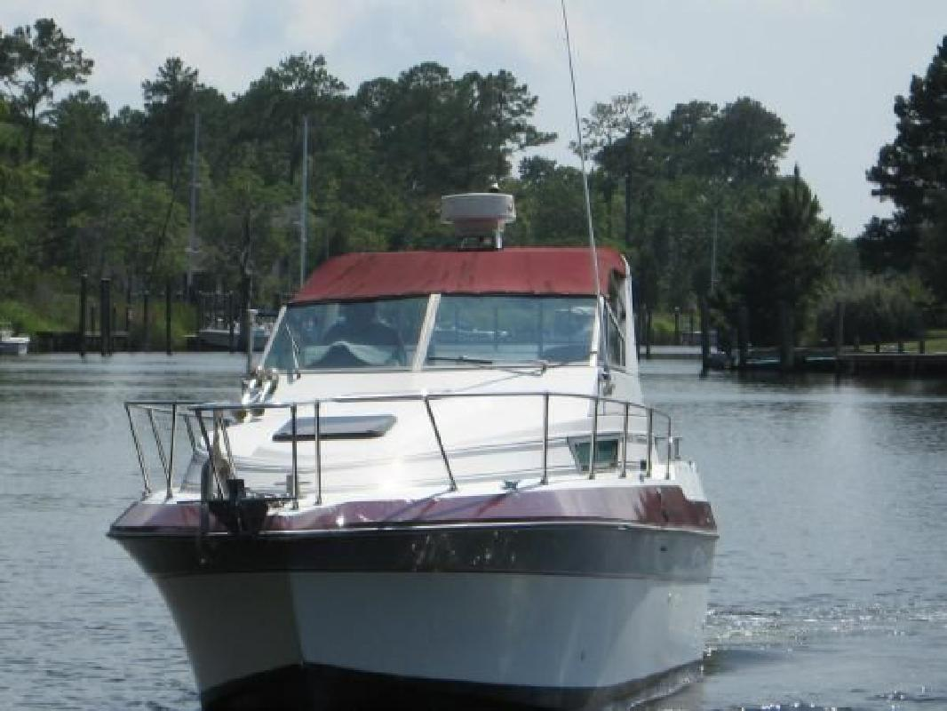 1986 26' Cruisers Holiday for sale in Beaufort, North