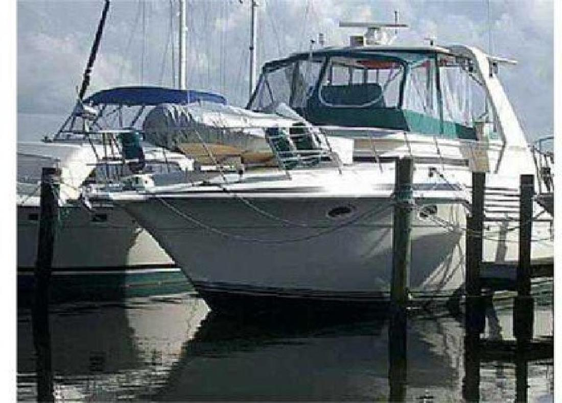 $139,000 1994 42 (ft.) Cruisers Yachts