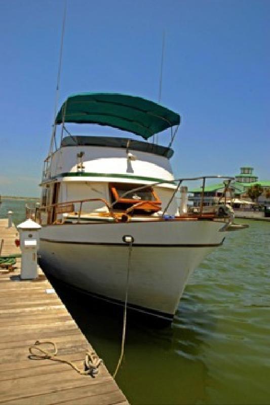 $48,000 40' Marine Trader Cruising Trawler